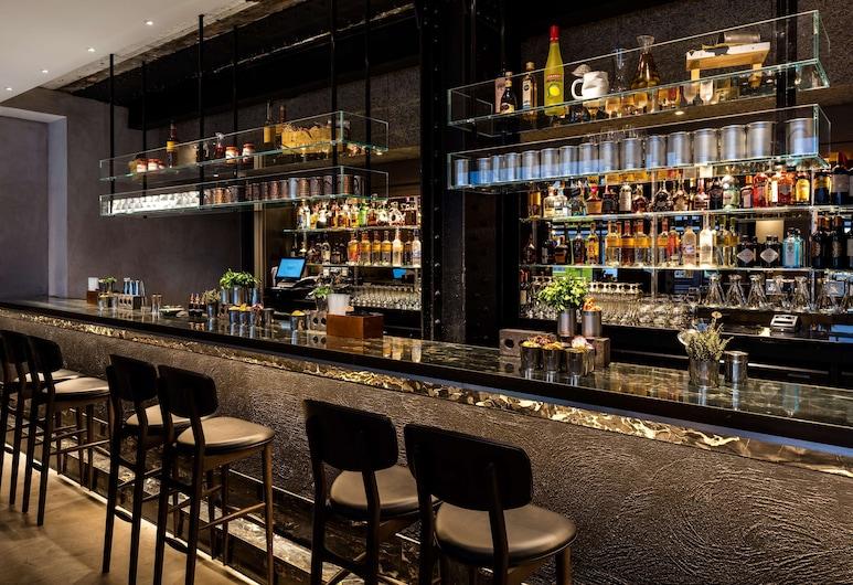 Radisson Blu Edwardian Mercer Street Hotel, London, Hotel Bar