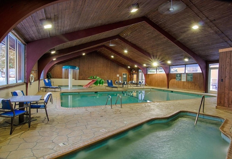 Ramada by Wyndham Rochester Mayo Clinic Area, Rochester, Indoor Pool