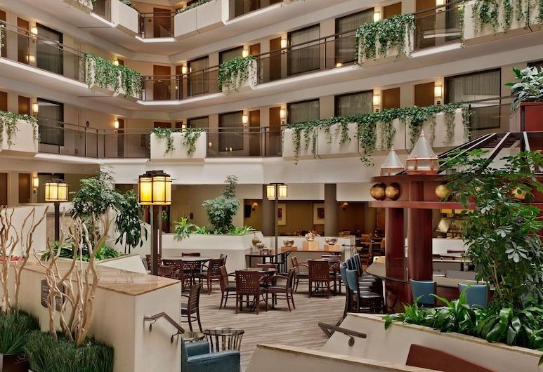 Embassy Suites Kansas City - Overland Park, אוברלנד פארק, לובי