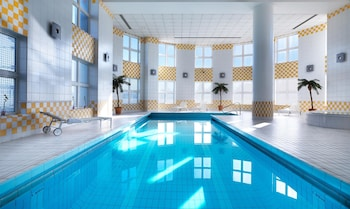 Choose This Romantic Hotel in Roissy-en-France -  - Online Room Reservations