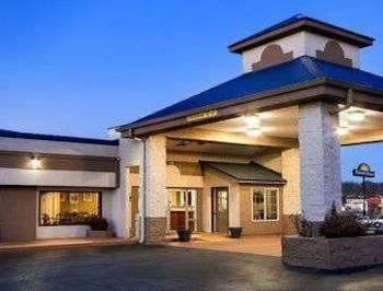 Foto van Days Inn by Wyndham Cookeville in Cookeville