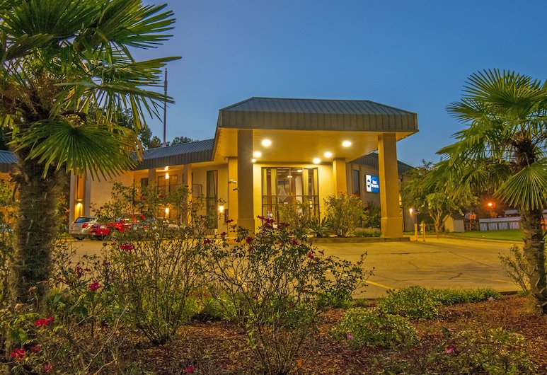 Best Western Vicksburg, Vicksburg, Hotel Front – Evening/Night