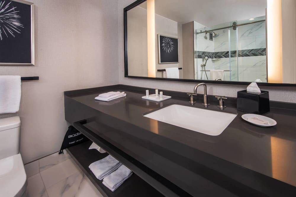 Soba, 2 bračna kreveta, za nepušače - Kupaonica