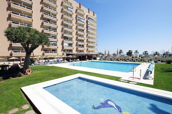 Choose This 3 Star Hotel In Fuengirola
