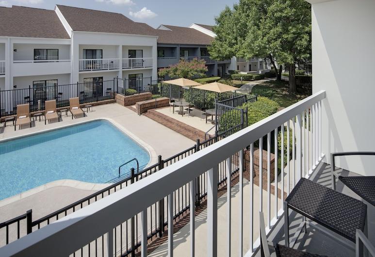 Courtyard by Marriott Addison Midway, Addison, Soba, 2 bračna kreveta, za nepušače, Pogled s balkona