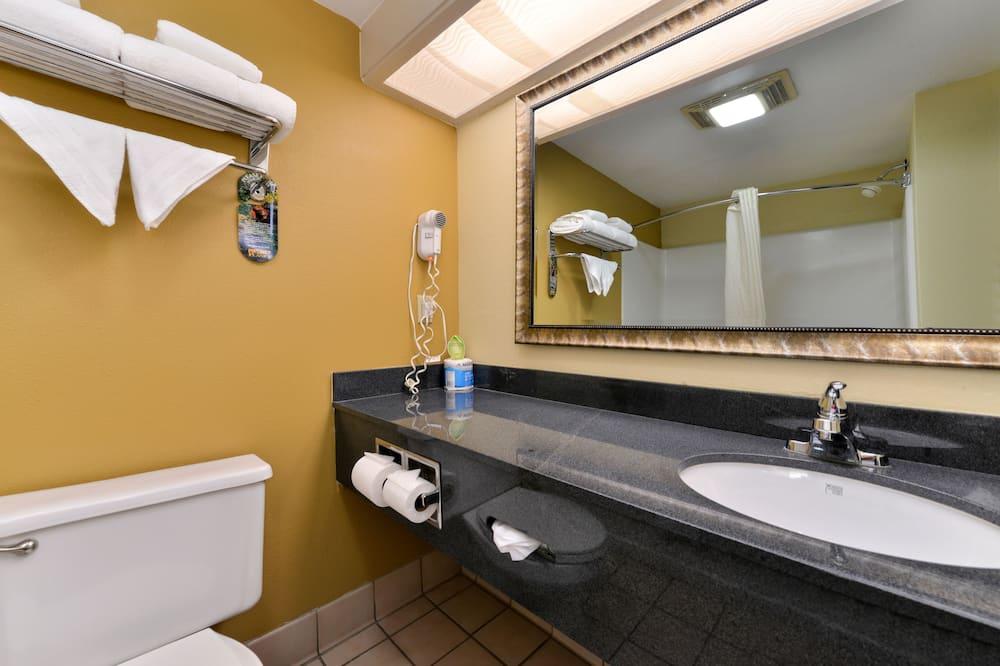 스탠다드룸, 침대(여러 개), 금연, 전자레인지 (Oversized Room) - 욕실