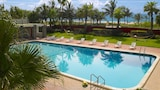 Choose This 2 Star Hotel In Miami Beach