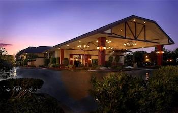 Top 10 Fresno Hotels Near California State University