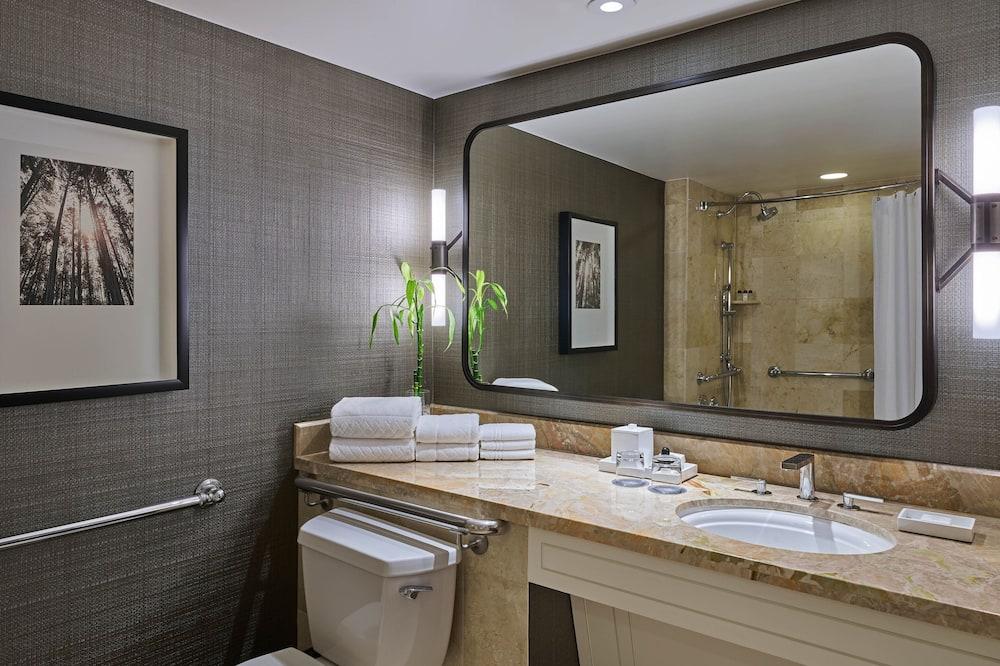 Deluxe soba, 2 queen size kreveta, za nepušače - Kupaonica