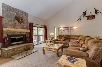 Picture of Pine Ridge Condominiums in Breckenridge