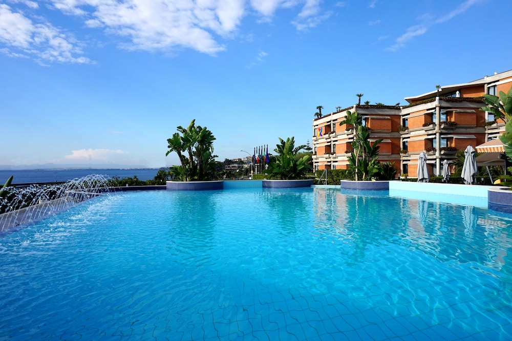 Four Points By Sheraton Catania Hotel Conference Center Aci Castello
