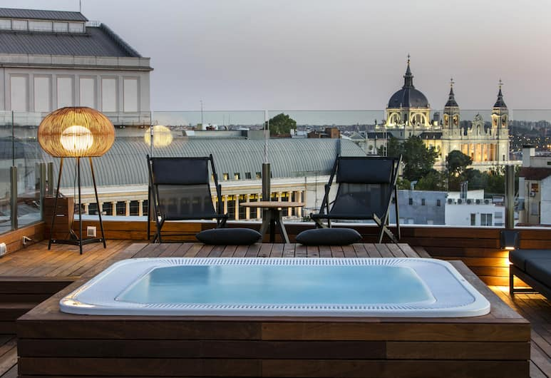 Gran Melia Palacio de los Duques-Leading Hotels of the World, Madrid