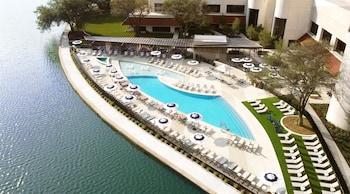A(z) Omni Las Colinas Hotel hotel fényképe itt: Irving
