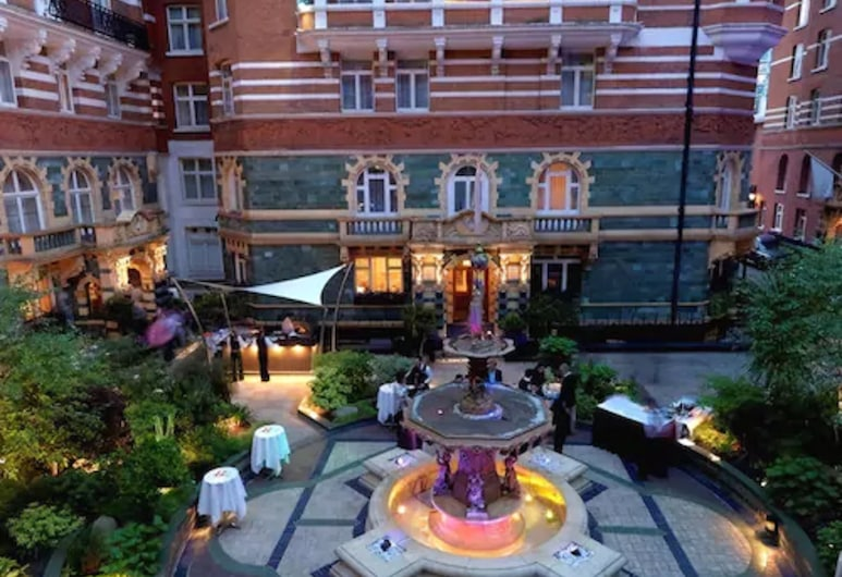Taj 51 Buckingham Gate, Suites and Residences, London, Terrasse/Patio
