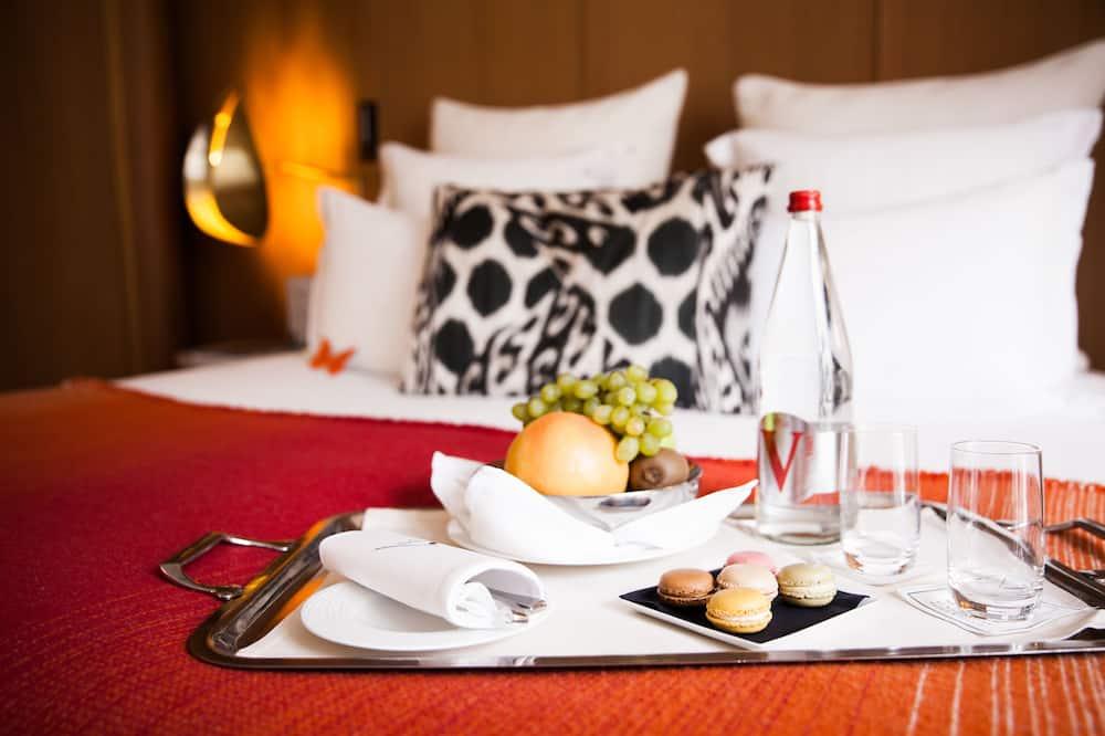 高級客房 - 客房內用餐