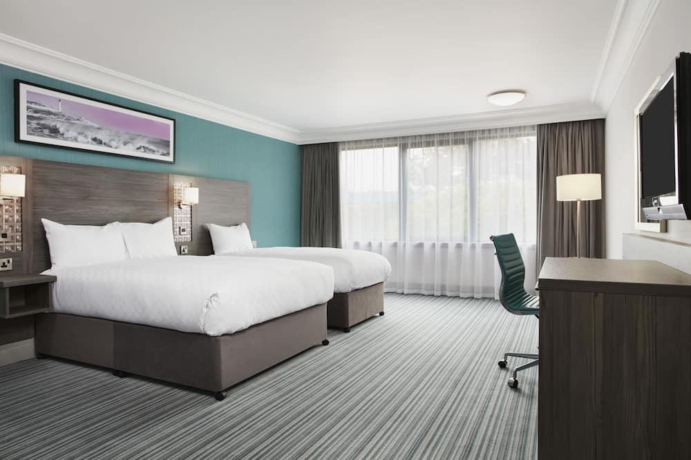 Номер категорії «Superior» (Double and Single bed) - Номер