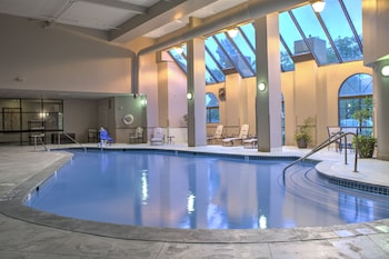 Nuotrauka: Embassy Suites Indianapolis North, Indianapolis