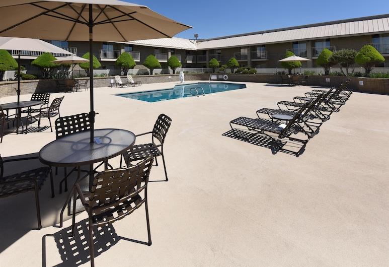 Best Western Plus Ahtanum Inn, Yakima, Piscina