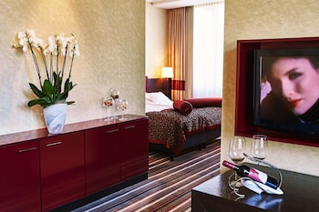 Enter your dates to get the Stuttgart hotel deal
