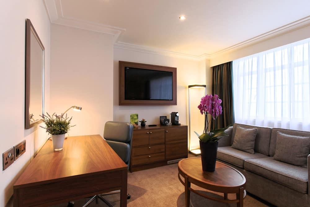 Executive Twin Room - Living Area