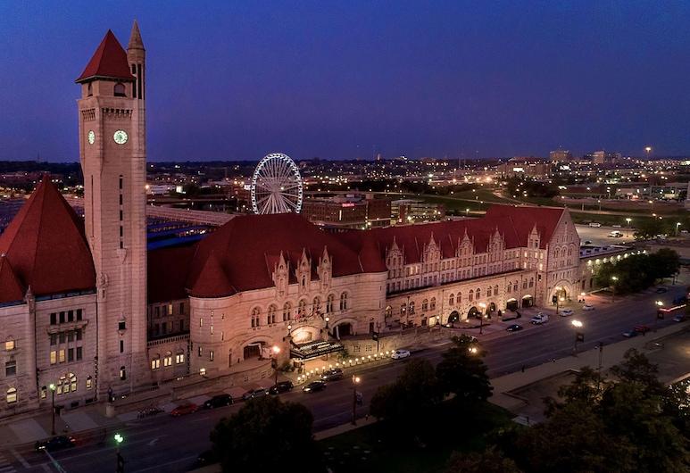 St. Louis Union Station Hotel, Curio Collection by Hilton, St. Louis