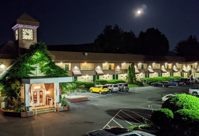 Black Mountain Inn, Brattleboro, Hotellets front