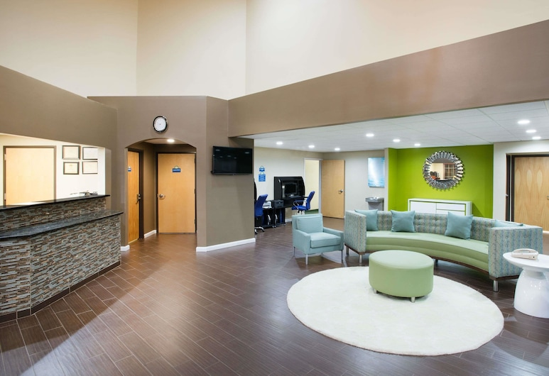 Days Inn & Suites by Wyndham Cherry Hill - Philadelphia, Cherry Hill, Lobi