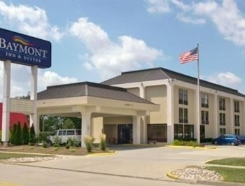 Picture of Baymont Inn and Suites Bloomington in Bloomington