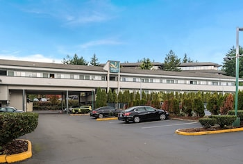15 Closest Hotels to T-Mobile USA Headquarters in Bellevue