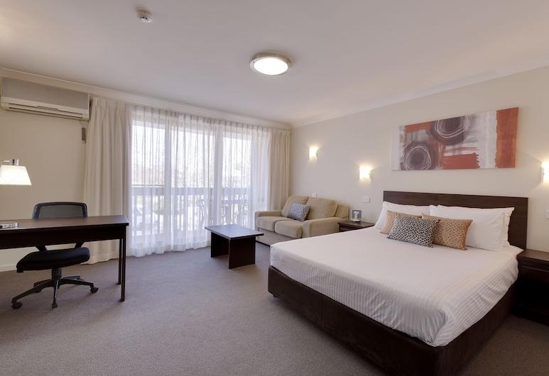 ibis Styles Canberra Tall Trees, Ainslie, Kambarys verslo klientams, 1 didelė dvigulė lova, Svečių kambarys