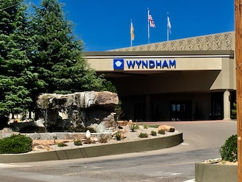 Picture of Wyndham Albuquerque Hotel & Conference Center in Albuquerque