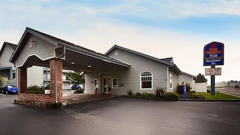 Picture of Best Western Plus Beachfront Inn in Brookings
