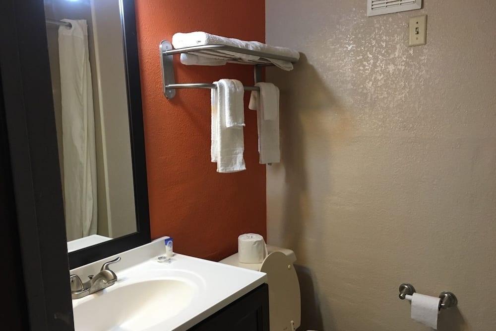 Quarto, 1 cama queen-size, Fumadores - Casa de banho