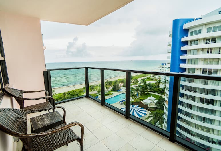 The Alexander Hotel, Miami Beach, Lägenhet Deluxe - 2 sovrum - balkong (2 Queen and 2 Twin Beds), Balkongutsikt