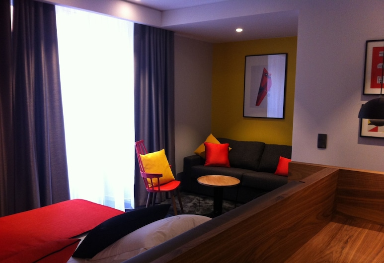 Hostellerie du Chapeau Rouge, Dijon, Deluxe Room, Bilik Tamu