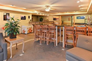 Book this In-room accessibility Hotel in Lincoln City