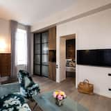 Suite, River View (Bedroom and Living Room Separate) - Living Area