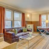ห้องซูพีเรียสวีท, เตียงคิงไซส์ 1 เตียง - พื้นที่นั่งเล่น