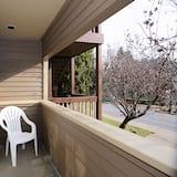 Kamar Deluks, 2 Tempat Tidur Queen, balkon - Tampilan Jalan