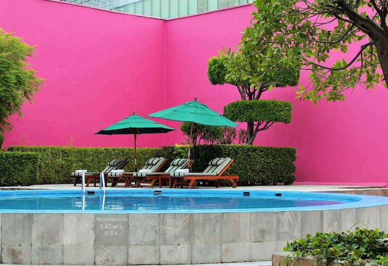 Camino Real Polanco Mexico, Mexico City, Suite Fiesta - Non Smoking, Living Area