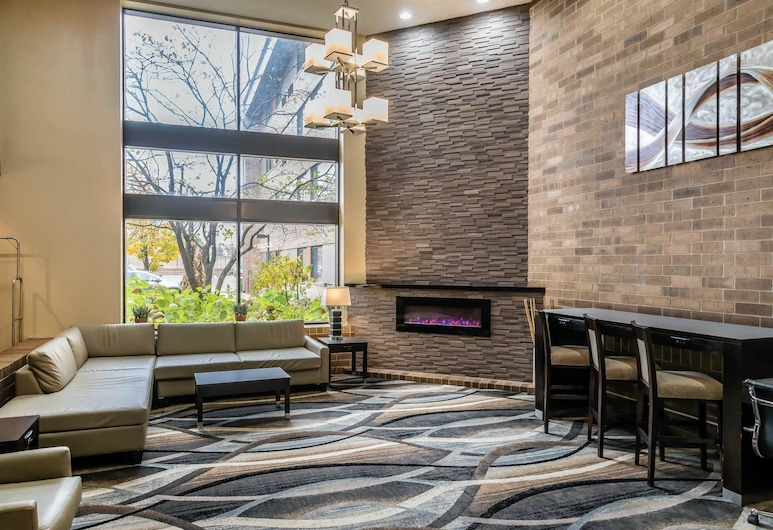 Quality Inn & Suites Mall of America - MSP Airport, Bloomington, Lobby