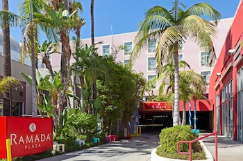 Picture of Ramada Plaza by Wyndham West Hollywood Hotel & Suites in West Hollywood