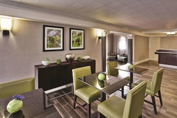 Picture of La Quinta Inn by Wyndham Nashville South in Nashville