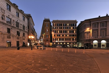 Choose This 3 Star Hotel In Genoa