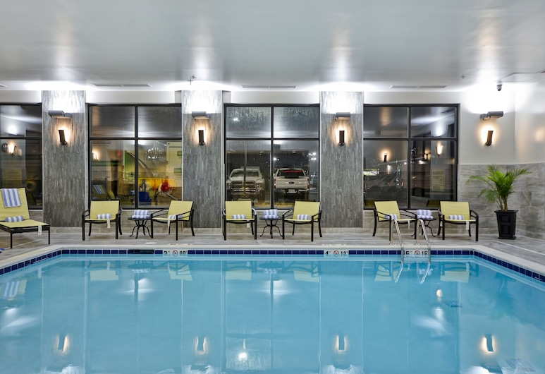 Hampton Inn & Suites Detroit/Warren, וורן, בריכה מקורה