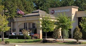 Picture of Best Western Plus Cary Inn - NC State in Cary
