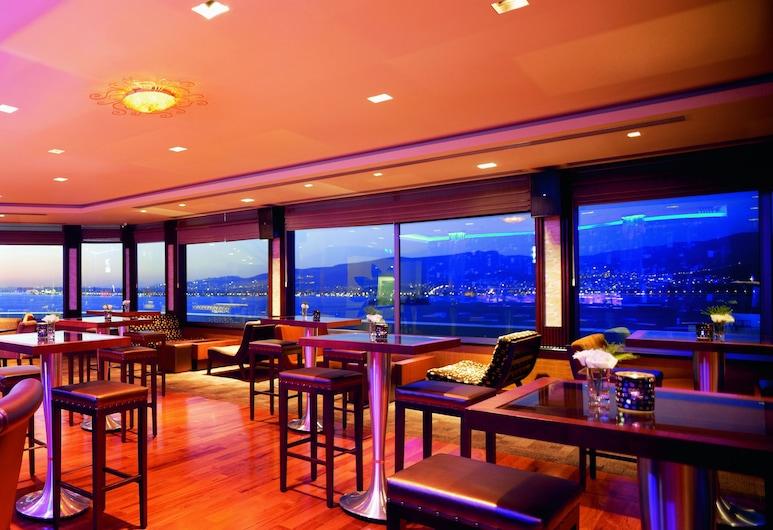 Mövenpick Hotel Izmir, Izmir, Bar del hotel