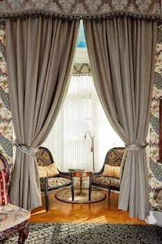 San Francisco bölgesindeki Queen Anne Hotel resmi