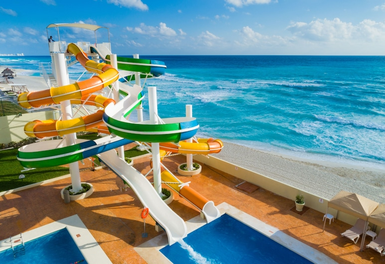 Crown Paradise Club Cancun All Inclusive, Cancun, Waterslide