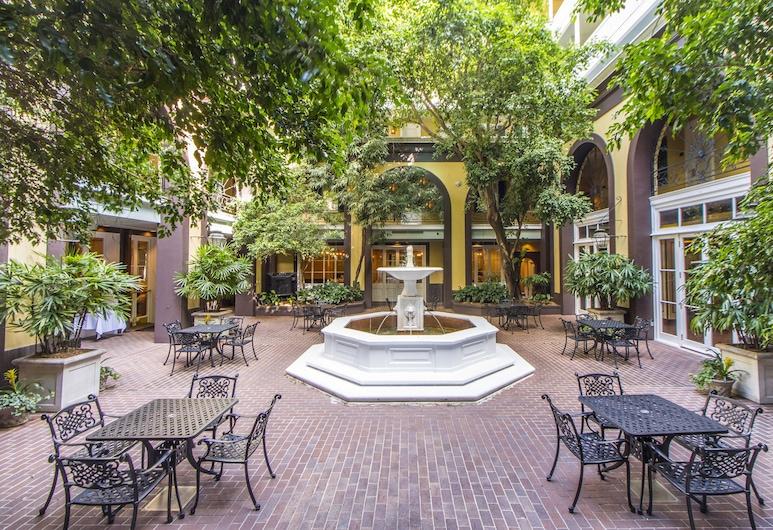 Hotel Mazarin, New Orleans, Deluxe Oda, 1 En Büyük (King) Boy Yatak, Avlu
